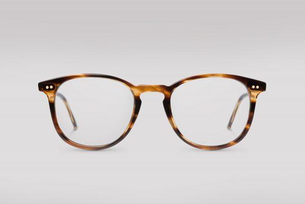 Kjell - Klassiskt brunmelerad glasögonbåge, designad av Glasögonmäster