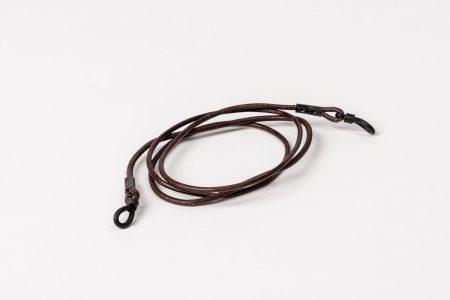 Slätt lädersnöre i brunt till dina glasögon- och solglasögonbågar.